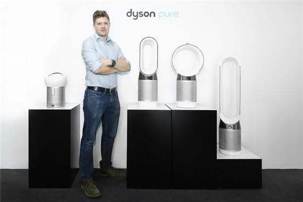 不从众的极致:Dyson Pure Cool Me多功能风扇吹风也能定制化